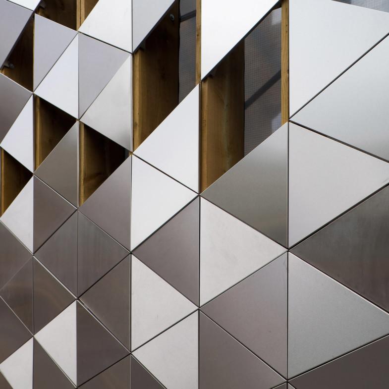 Sarah-Wigglesworth-Architects-BBS-023-MH cropped 1800x1800