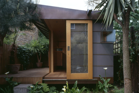 Sarah-Wigglesworth-Architects Garden Studio Feature 1800