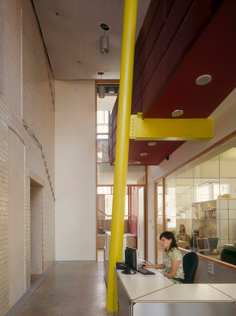 Sarah-Wigglesworth-Architects Siobhan-Davies-Dance Reception 1800