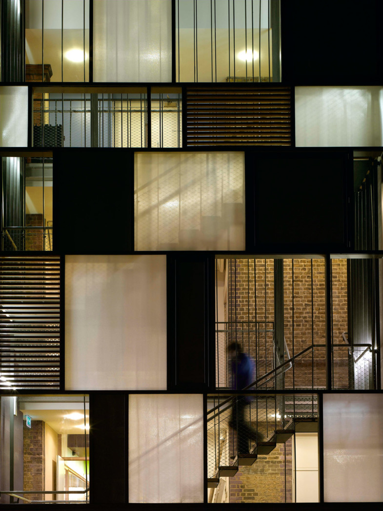 Sarah-Wigglesworth-Architects Siobhan-Davies-Dance Stairs 1800