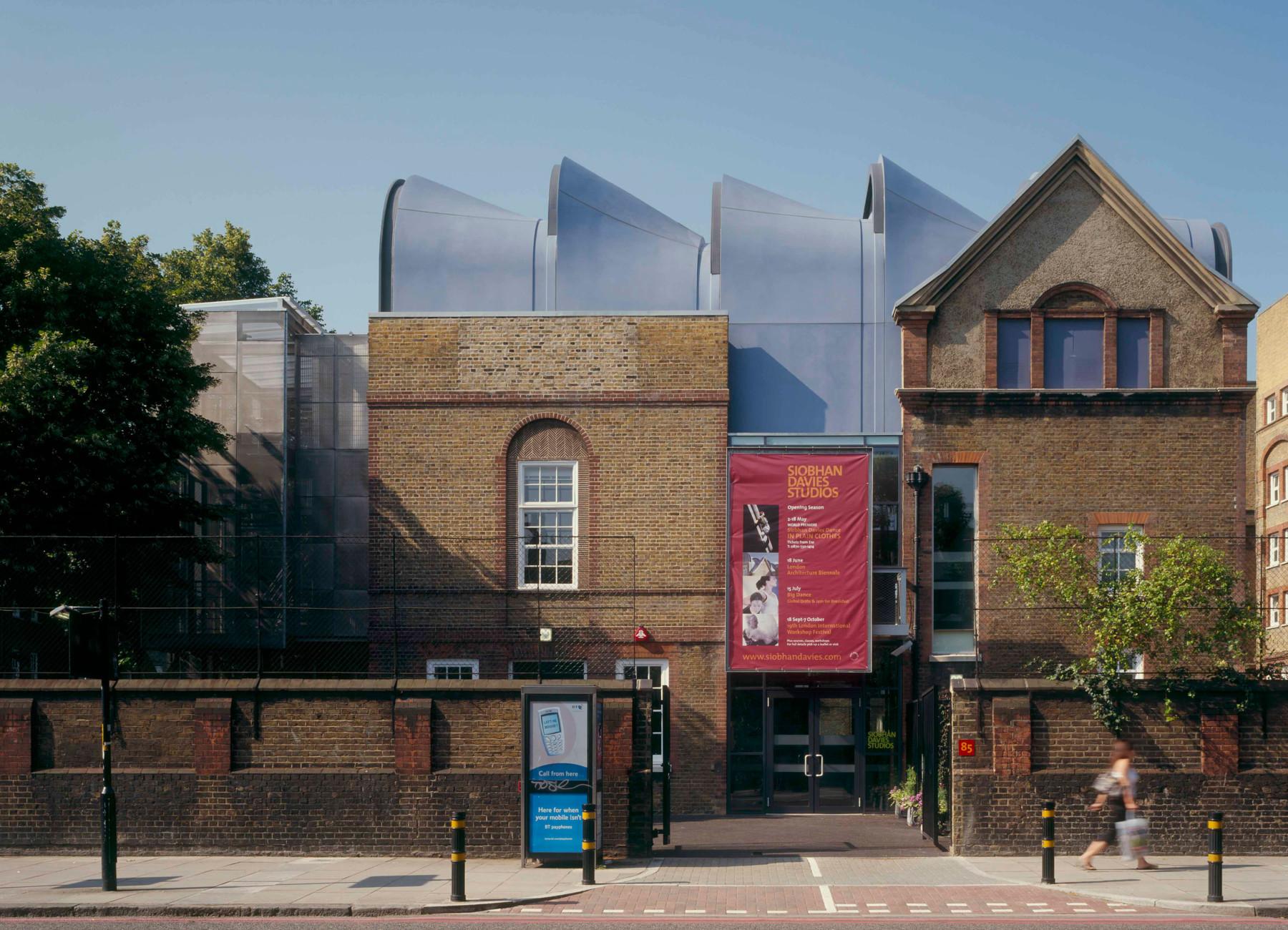 Sarah-Wigglesworth-Architects Siobhan-Davies-Dance Street 3600