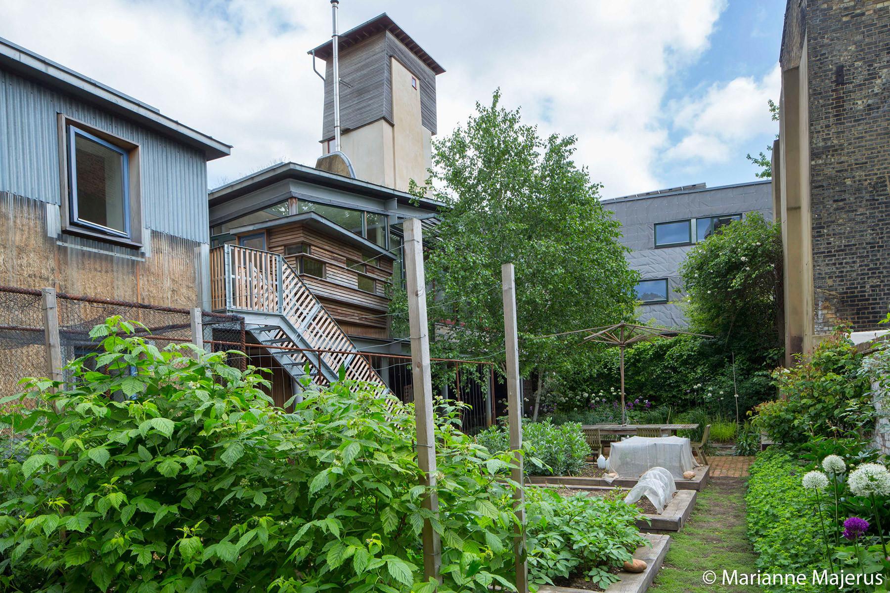 Sarah-Wigglesworth-Architects Stock-Orchard-Street Majerus 1800