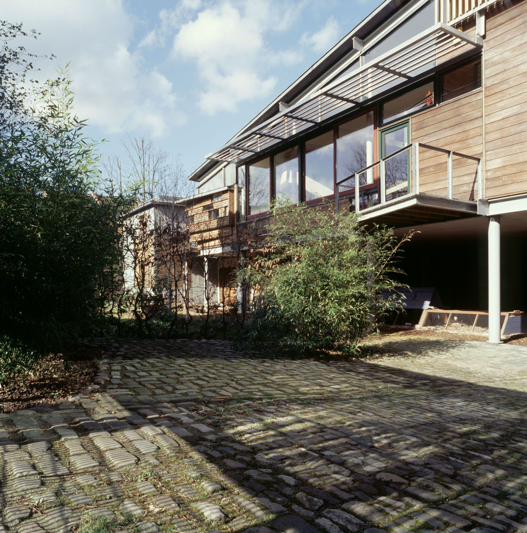 Sarah-Wigglesworth-Architects Stock Orchard Street court view 1800