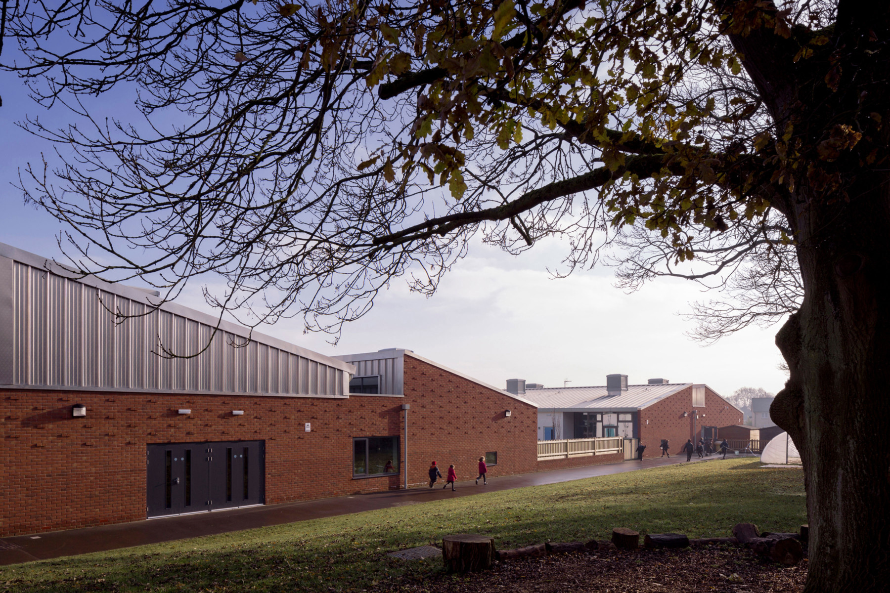 Sarah-Wigglesworth-Architects Takeley-Primary-School Hall-External 3600