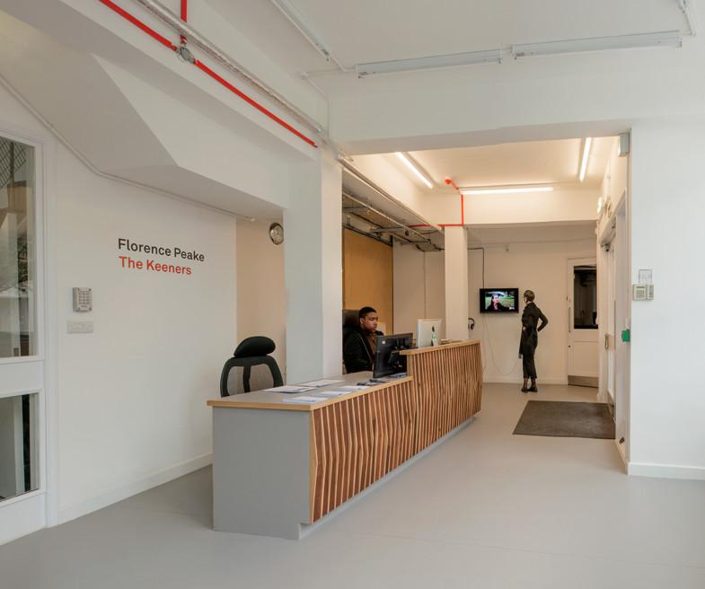 Sarah-Wigglesworth-Architects Triangle Interior-1