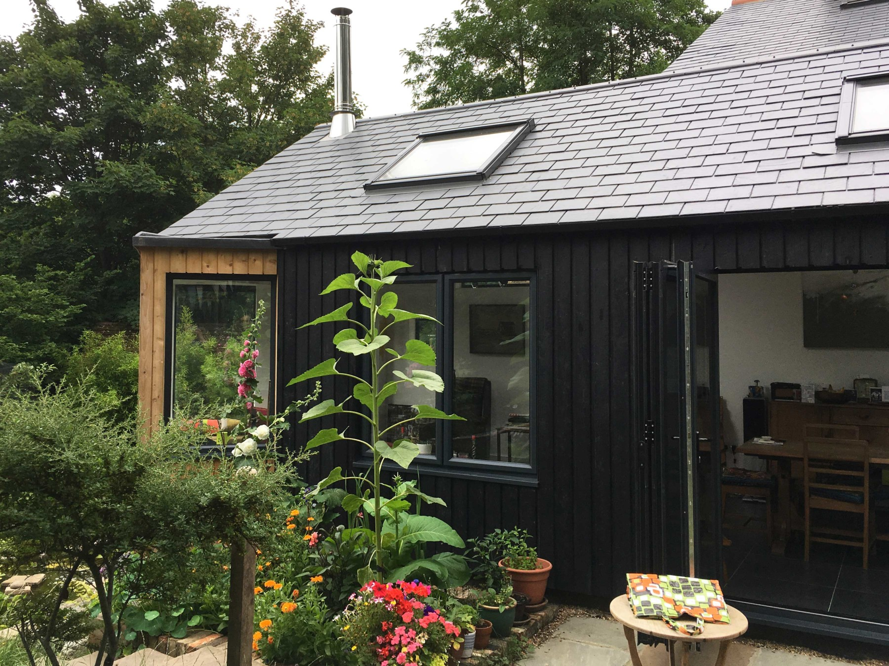 Sarah-Wigglesworth-Architects Station-Cottages Exterior-Facade 3600
