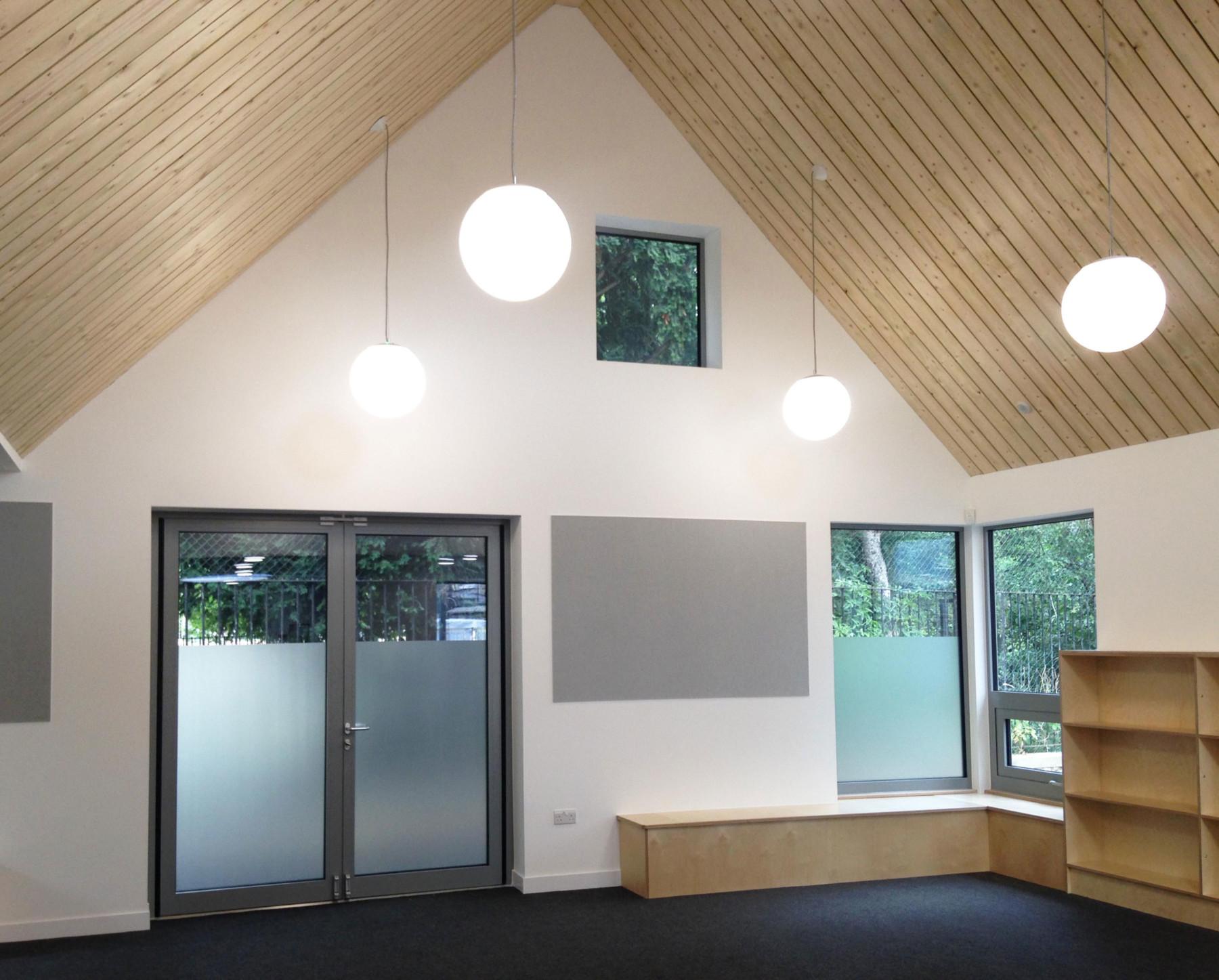 Sarah-Wigglesworth-Architects Kingsgate School library 3600
