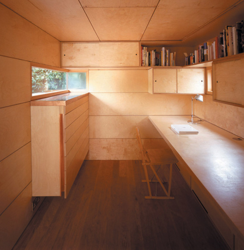 Sarah-Wigglesworth-Architects Garden Studio Interior2 1800