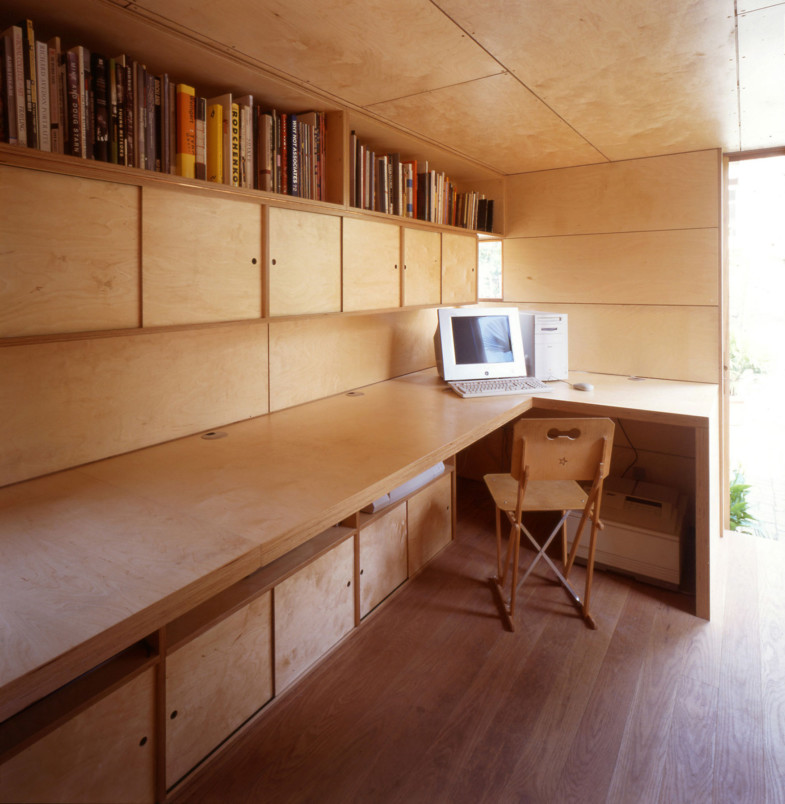 Sarah-Wigglesworth-Architects Garden Studio Interior 1800