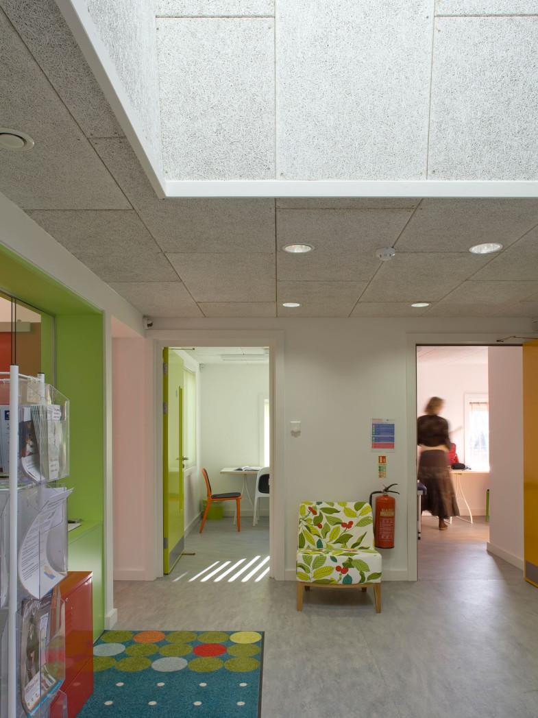Sarah-Wigglesworth-Architects Heathfield Internal Skylight 1800