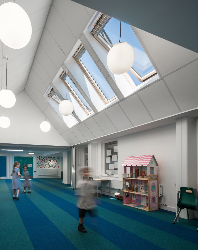 Sarah-Wigglesworth-Architects Roseacres Courtyard MH 1800