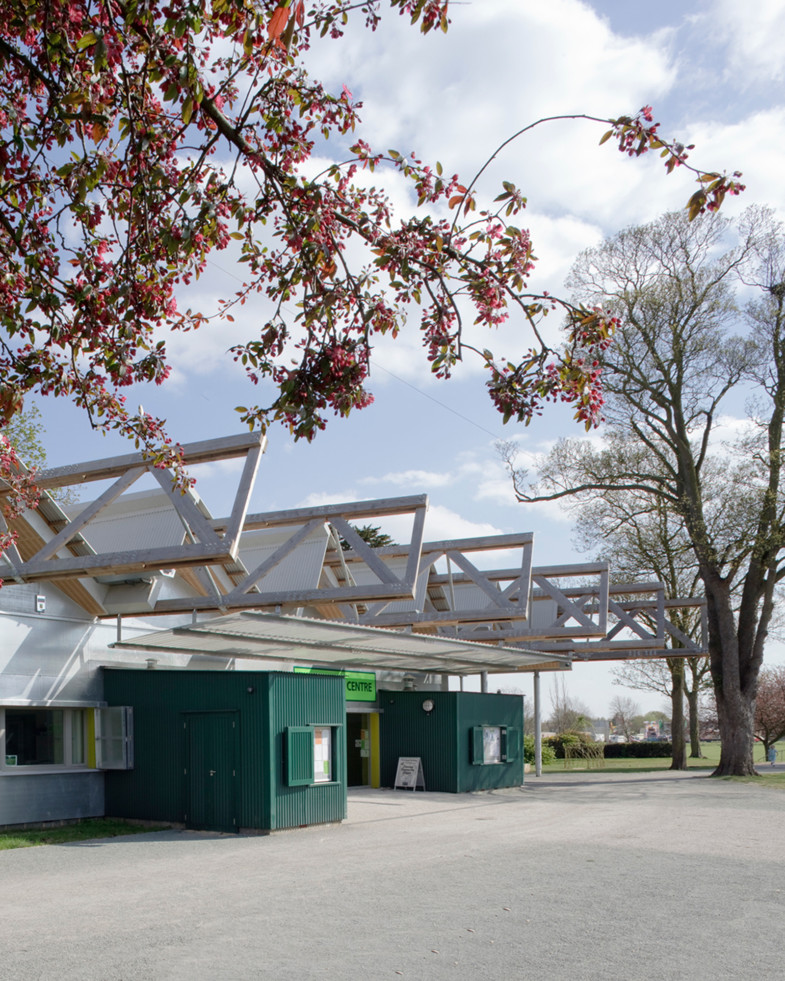 Sarah Wigglesworth Architects Ray Park Visitors Centre Structure View 1600 4