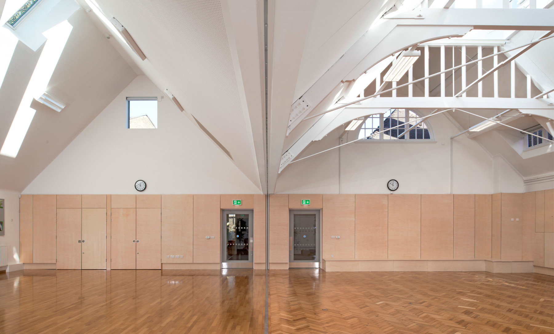 Sarah-Wigglesworth-Architects Kingsgate School Halls 3600